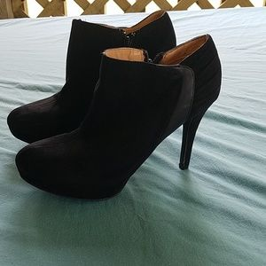Womens ankle boot heels size 8